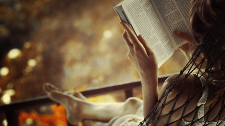 woman-reading-a-book